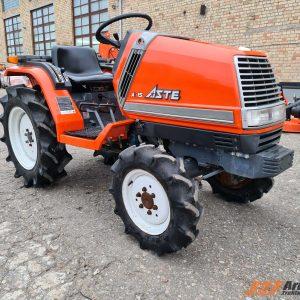 Lietots traktors Kubota Aste A15
