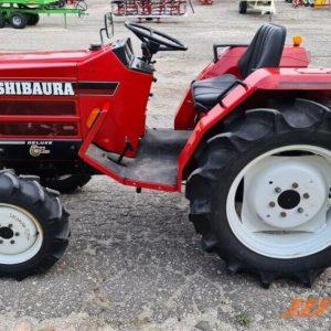 Shibaura lietoti traktori